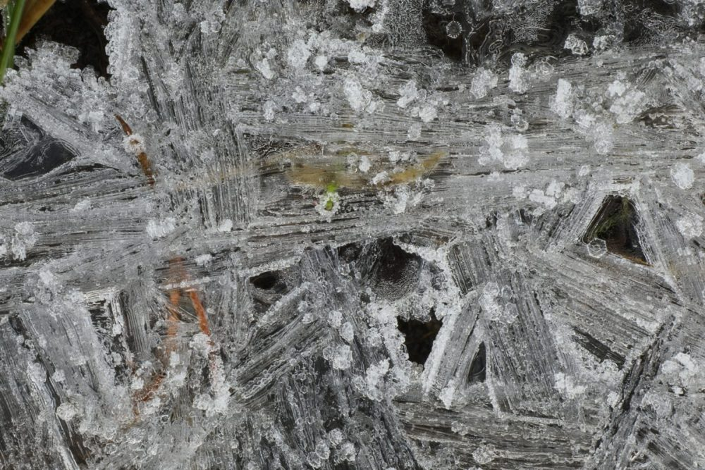 ice formation; macro photograph; ice crystals